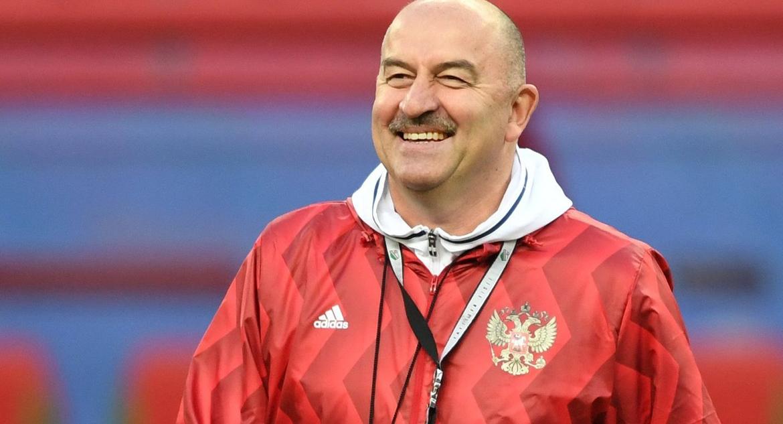 Главный тренер Станислав Черчесов