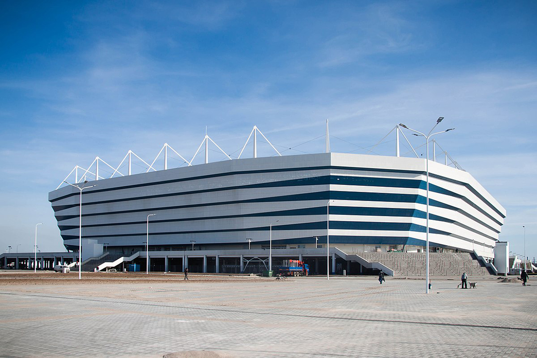 Калининградский стадион (дневной вид)