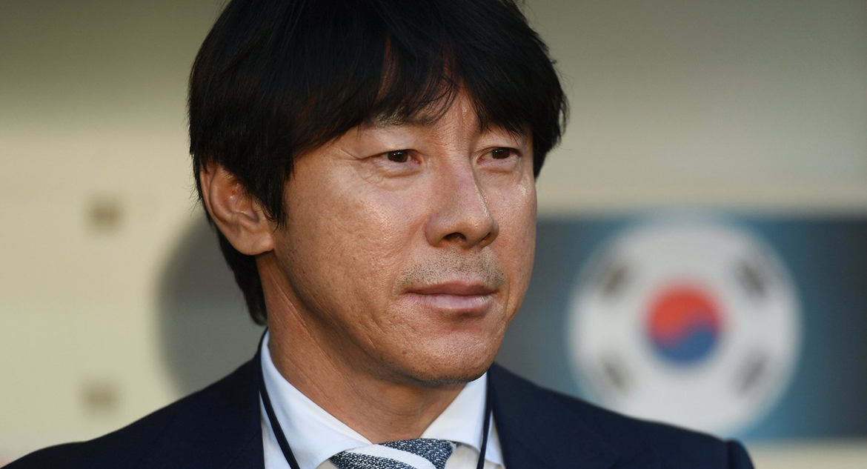 Главный тренер Син Тхэ Ён